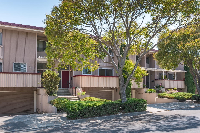 Maison accolée pour l Vente à 321 Carlos Avenue 321 Carlos Avenue Redwood City, Californie 94061 États-Unis