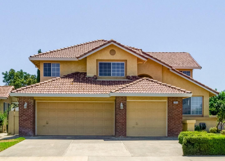 Casa Unifamiliar por un Venta en 1031 Keiko Street Los Banos, California 93635 Estados Unidos