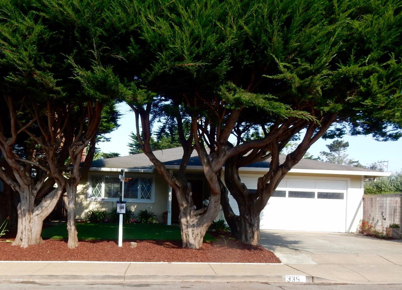 獨棟家庭住宅 為 出售 在 335 Virginia Avenue Moss Beach, 加利福尼亞州 94038 美國