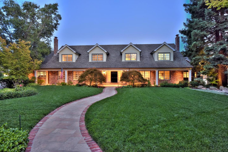 Casa Unifamiliar por un Venta en 14008 Camino Barco 14008 Camino Barco Saratoga, California 95070 Estados Unidos