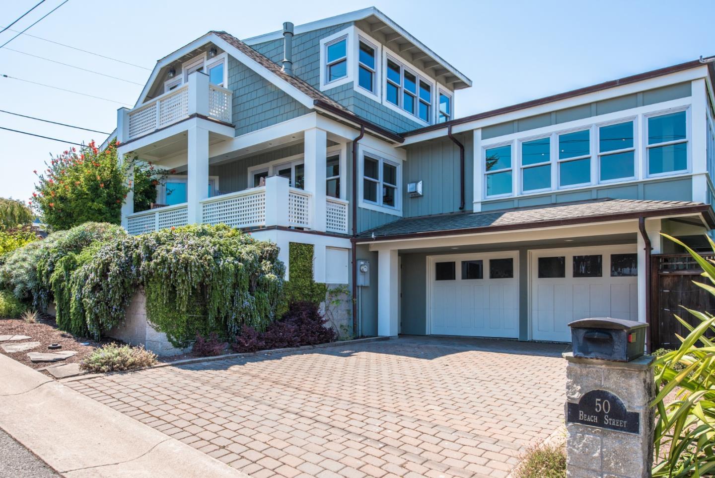 Частный односемейный дом для того Продажа на 50 Beach Street 50 Beach Street Pacific Grove, Калифорния 93950 Соединенные Штаты