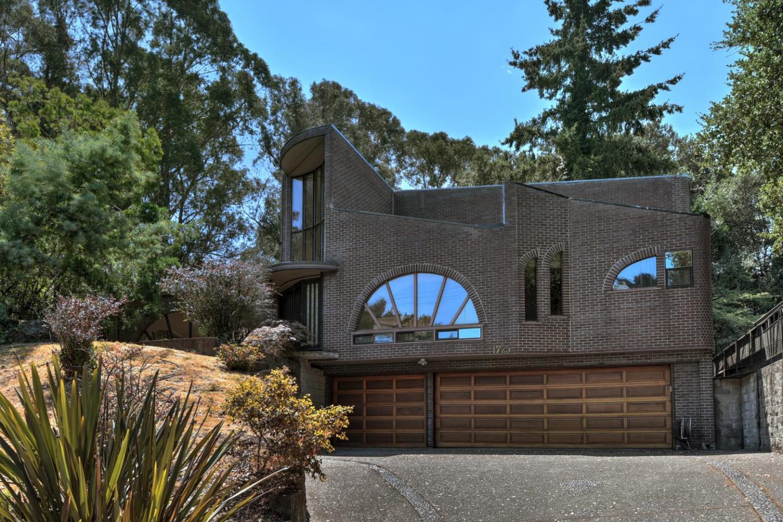 Casa Unifamiliar por un Venta en 1725 Estudillo Avenue San Leandro, California 94577 Estados Unidos