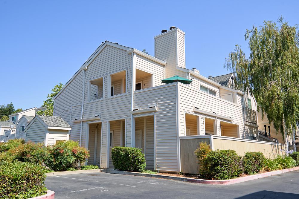 Appartement en copropriété pour l Vente à 4640 Melody Drive 4640 Melody Drive Concord, Californie 94520 États-Unis