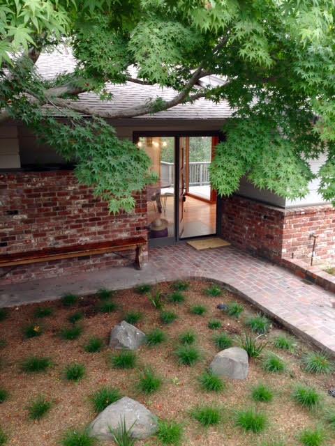واحد منزل الأسرة للـ Sale في 21 Tyson Circle 21 Tyson Circle Piedmont, California 94611 United States