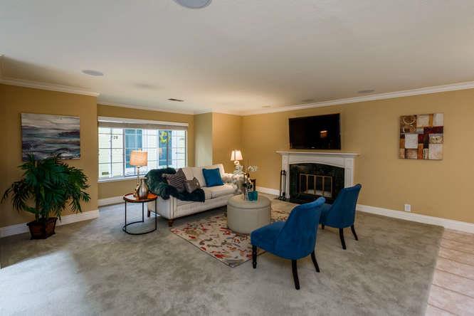 Maison accolée pour l Vente à 1576 Hudson Street 1576 Hudson Street Redwood City, Californie 94061 États-Unis