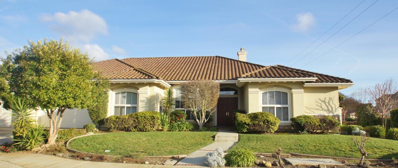 獨棟家庭住宅 為 出售 在 1504 Kennebec Court 1504 Kennebec Court Morgan Hill, 加利福尼亞州 95037 美國