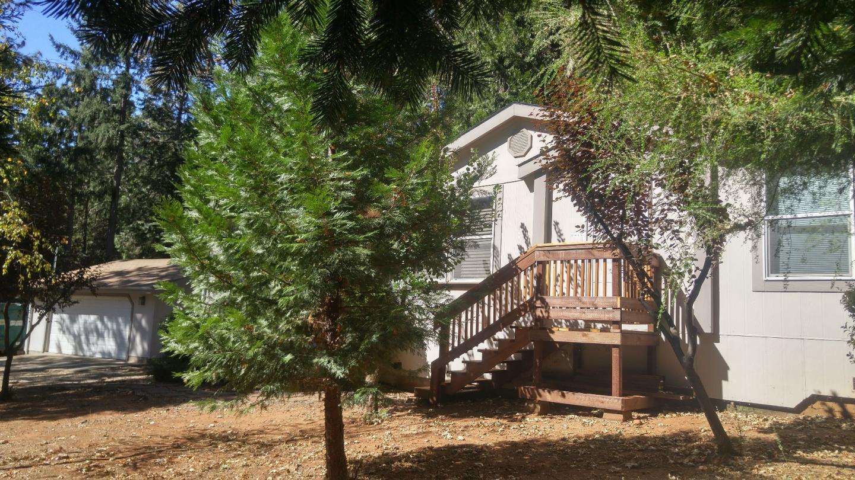 Частный односемейный дом для того Продажа на 13829 Tulsa Court 13829 Tulsa Court Magalia, Калифорния 95954 Соединенные Штаты