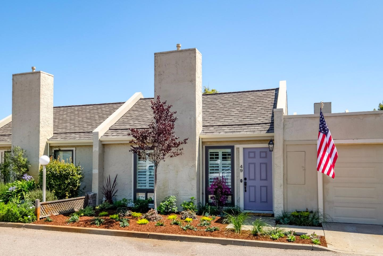 شقة بعمارة للـ Sale في 4000 Rio Road Carmel, California 93923 United States