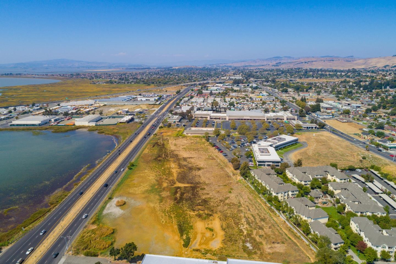 Terrain pour l Vente à 4018 Sonoma Blvd Vallejo, Californie 94589 États-Unis