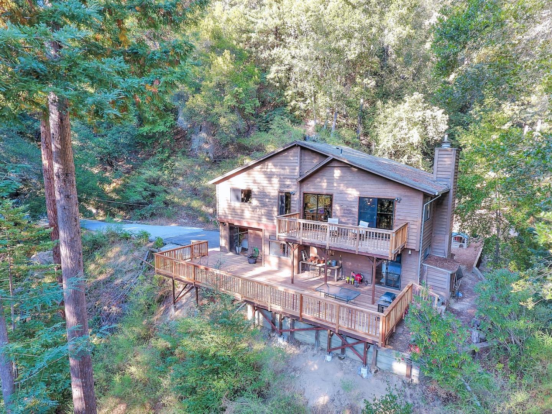 Maison unifamiliale pour l Vente à 450 Ridge Drive 450 Ridge Drive Boulder Creek, Californie 95006 États-Unis