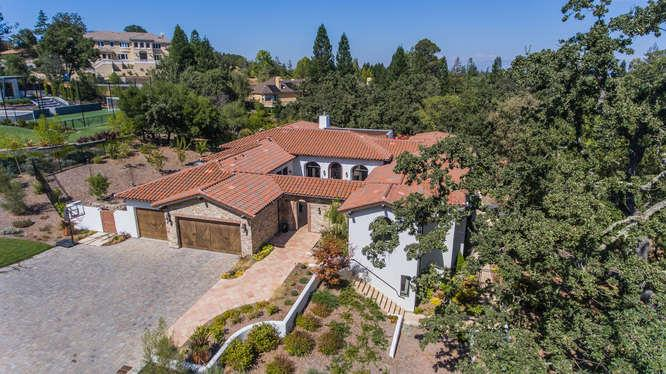 Single Family Home for Sale at 15850 Viewfield Road Monte Sereno, California 95030 United States