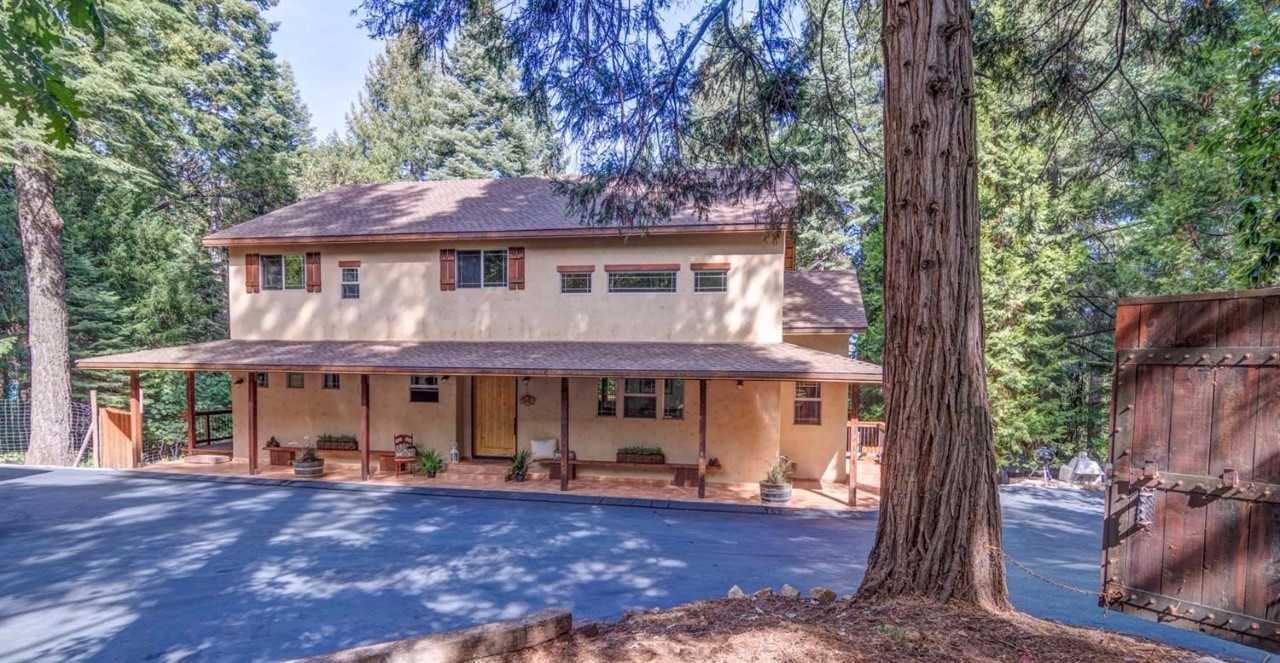 Maison unifamiliale pour l Vente à 4553 Wandering Way 4553 Wandering Way Camino, Californie 95709 États-Unis