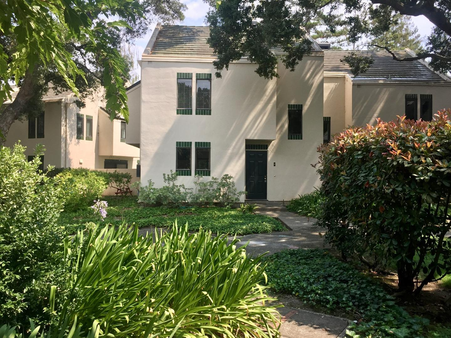 Townhouse for Rent at 181 Centre Street Mountain View, California 94041 United States