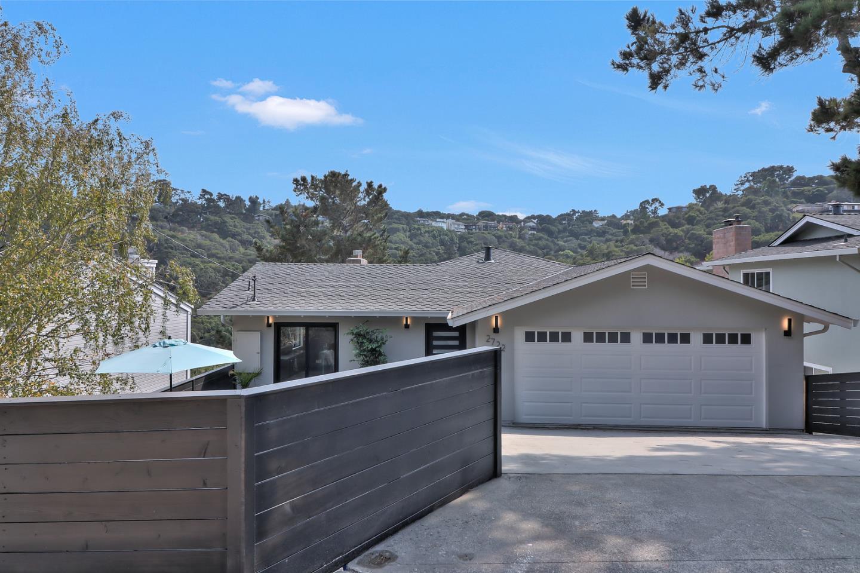 واحد منزل الأسرة للـ Sale في 2722 Barclay Way Belmont, California 94002 United States