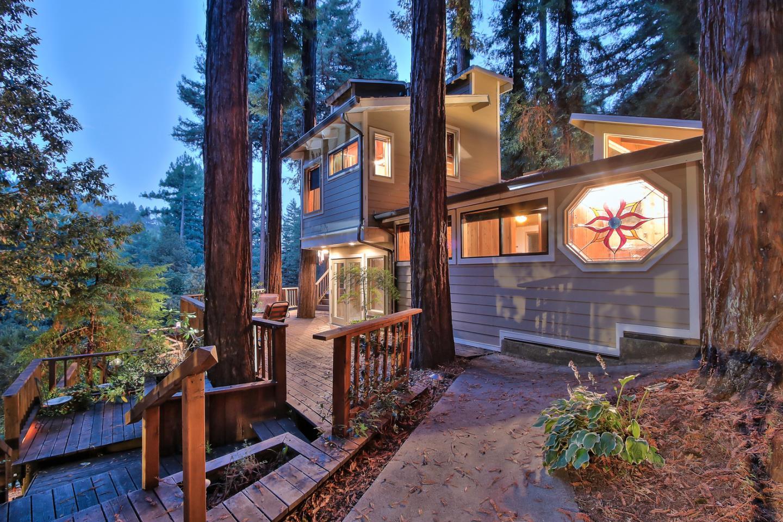 Casa Unifamiliar por un Venta en 892 Forest Way 892 Forest Way Ben Lomond, California 95005 Estados Unidos