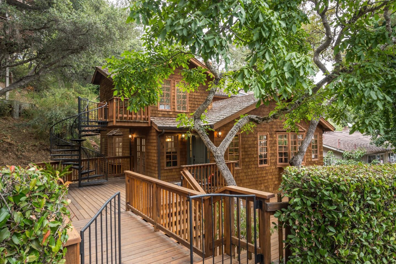 Частный односемейный дом для того Продажа на 144 Chesham Avenue San Carlos, Калифорния 94070 Соединенные Штаты