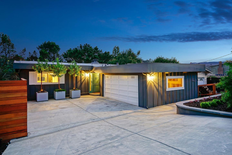 واحد منزل الأسرة للـ Sale في 2710 Monserat Avenue Belmont, California 94002 United States