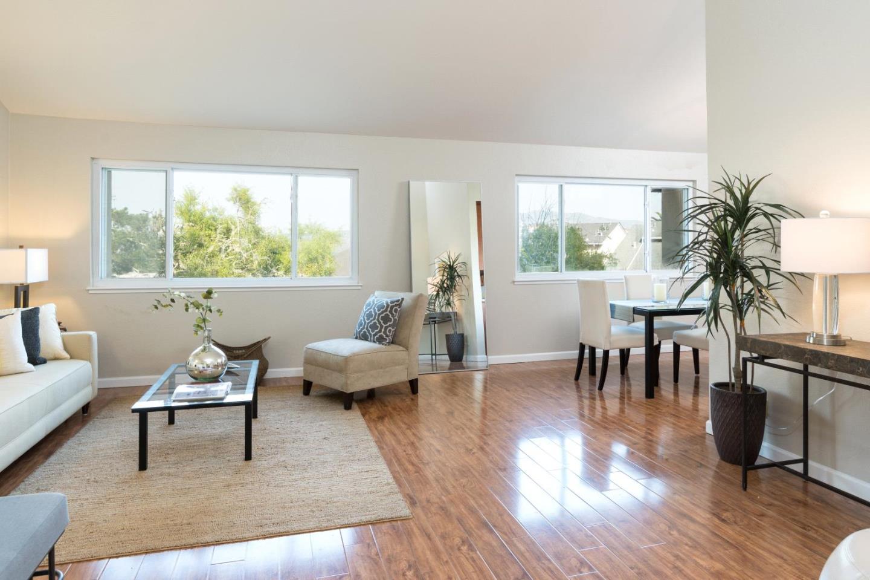 共管物業 為 出售 在 101 Pamela Court Daly City, 加利福尼亞州 94015 美國