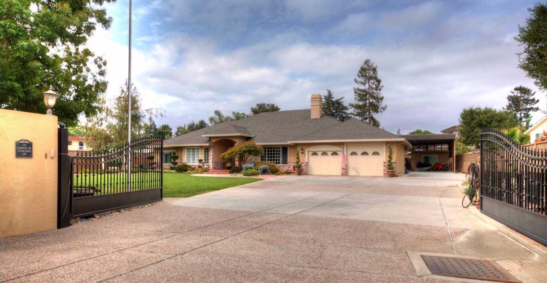 Einfamilienhaus für Verkauf beim 820 Cambrian Drive Campbell, Kalifornien 95008 Vereinigte Staaten