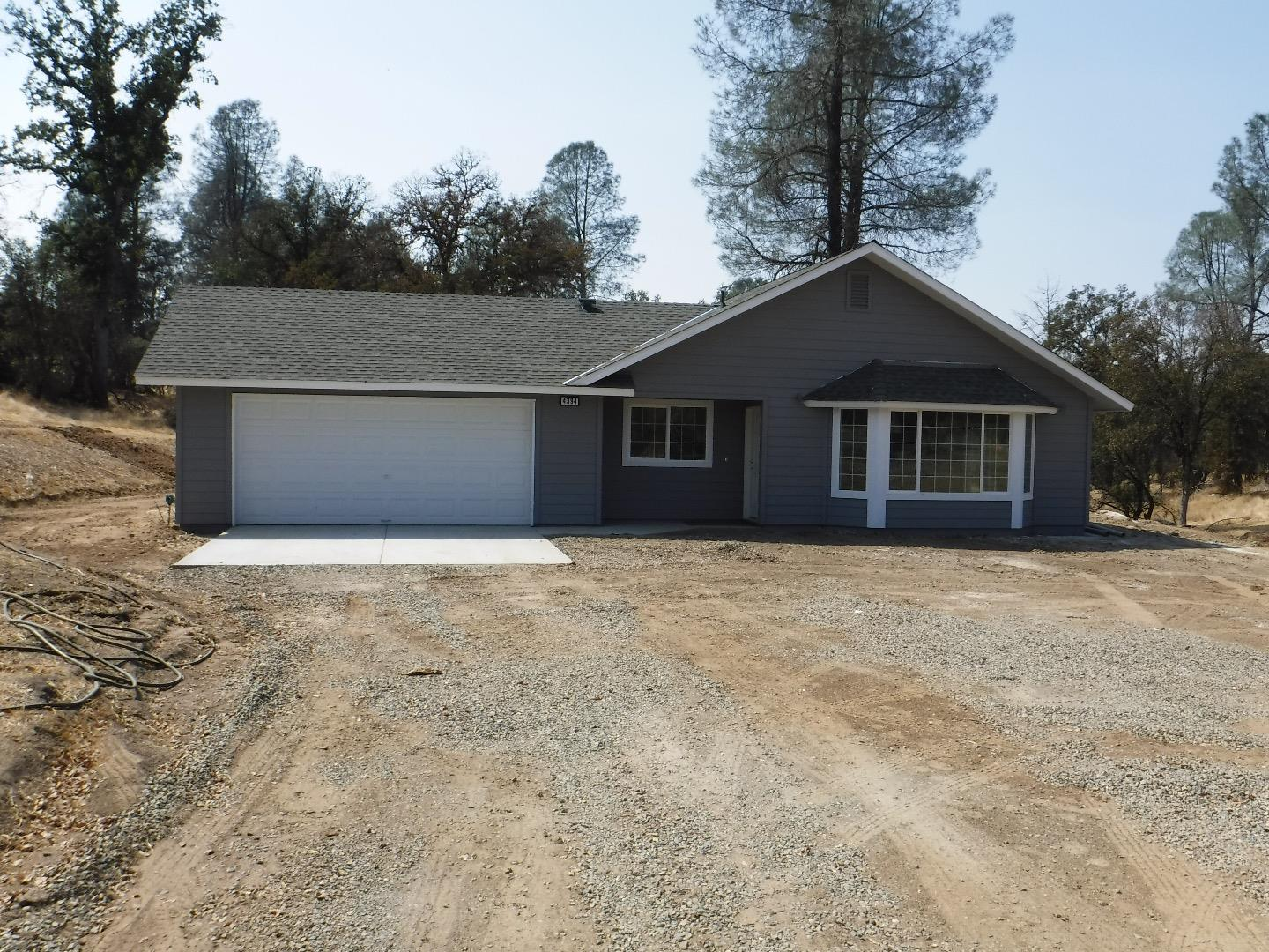 Single Family Home for Sale at 4394 Burl Drive Mariposa, California 95338 United States