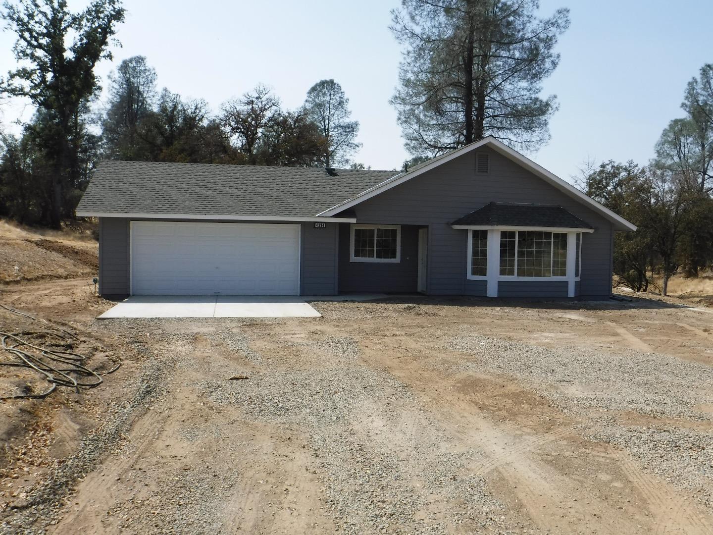 Maison unifamiliale pour l Vente à 4394 Burl Drive Mariposa, Californie 95338 États-Unis