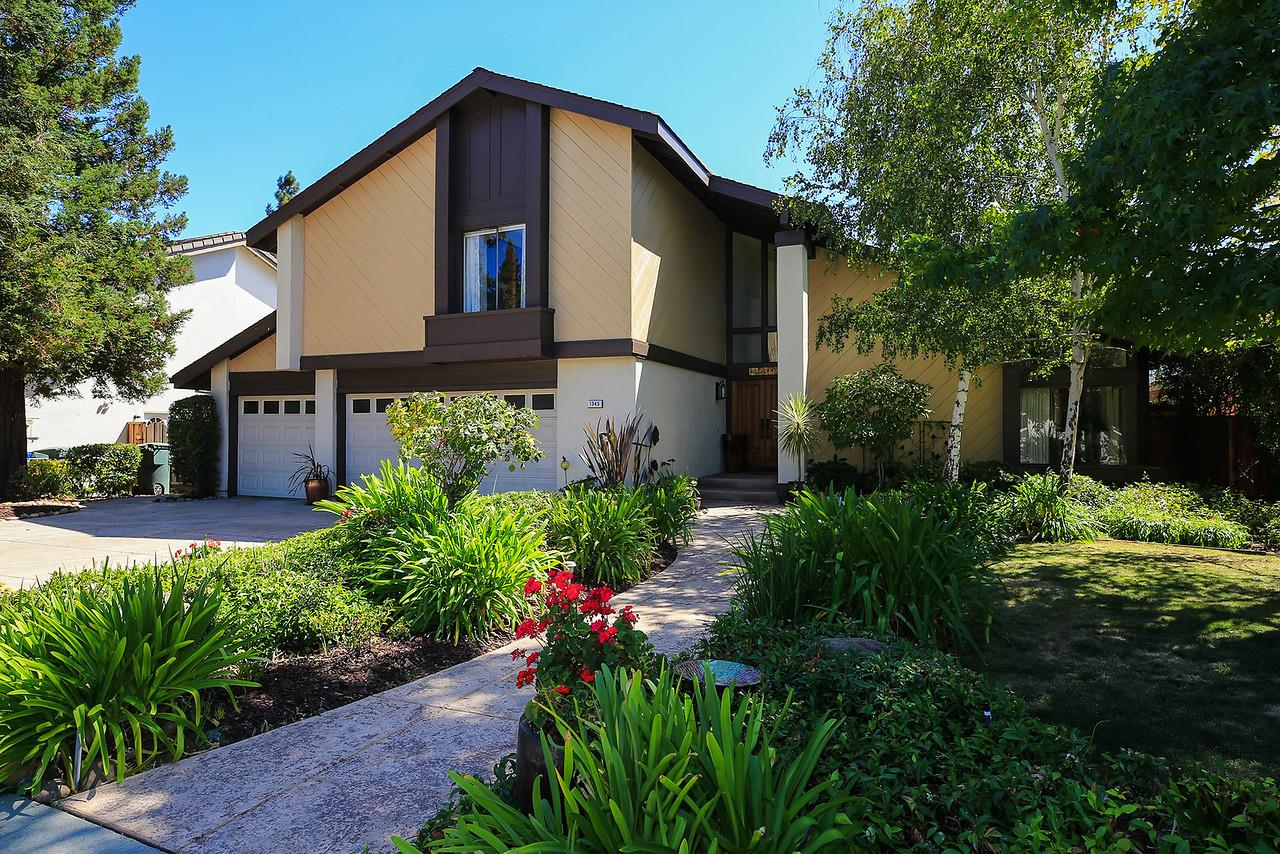Single Family Home for Sale at 1345 Elsona Court Sunnyvale, California 94087 United States