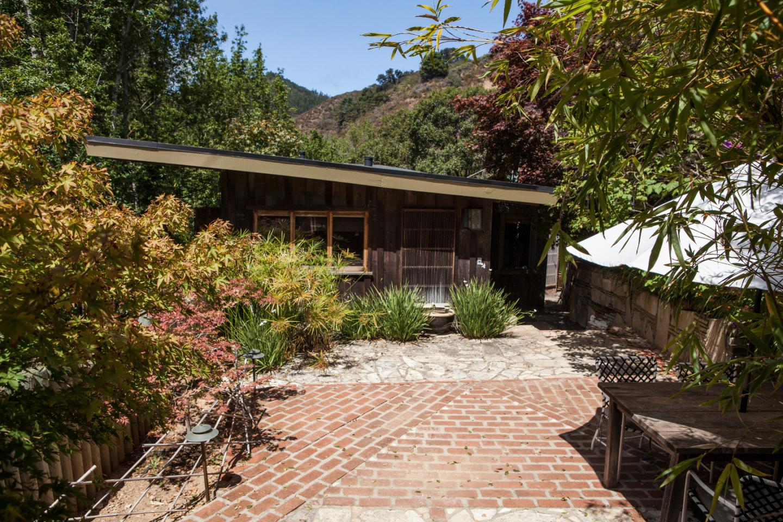 獨棟家庭住宅 為 出售 在 10026 Sycamore Canyon Road 10026 Sycamore Canyon Road Big Sur, 加利福尼亞州 93920 美國
