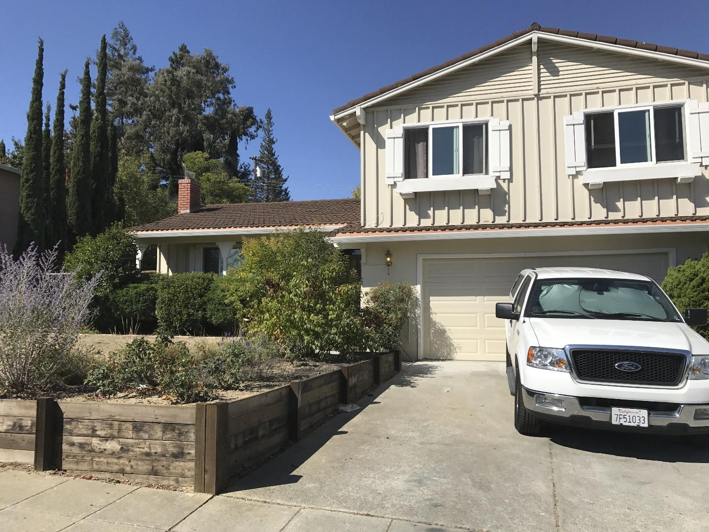 Single Family Home for Rent at 259 More Avenue 259 More Avenue Los Gatos, California 95032 United States