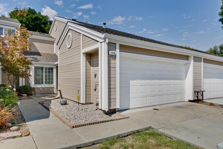 タウンハウス のために 売買 アット 1378 Peachtree Common Livermore, カリフォルニア 94551 アメリカ合衆国