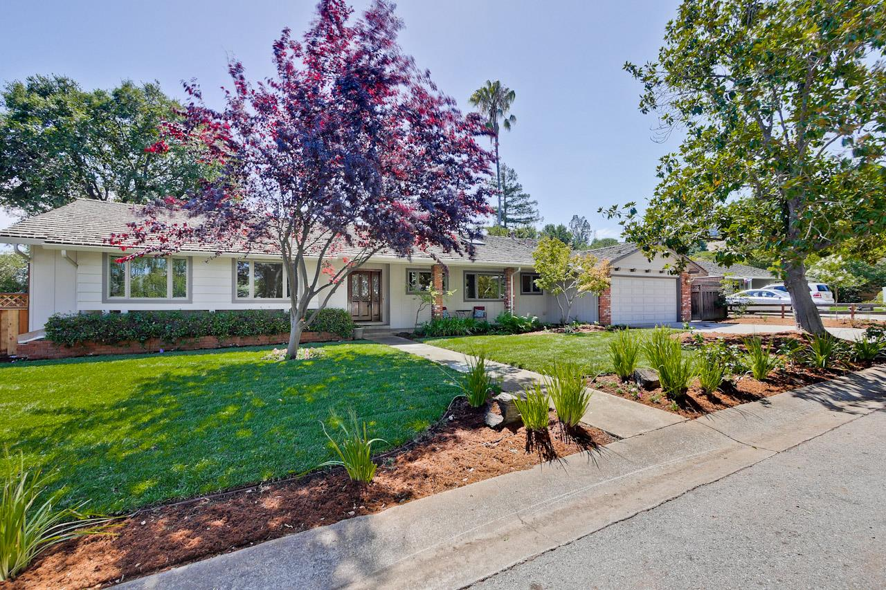 Single Family Home for Sale at 862 Renetta Court 862 Renetta Court Los Altos, California 94024 United States