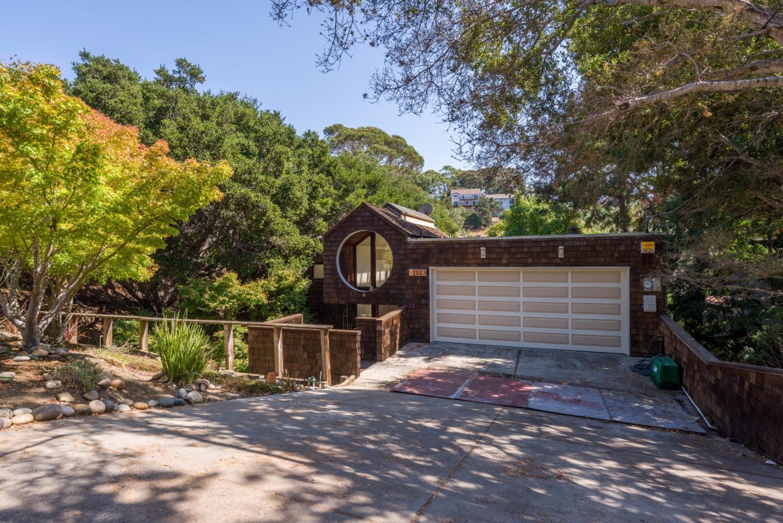 واحد منزل الأسرة للـ Sale في 2803 San Ardo Way Belmont, California 94002 United States