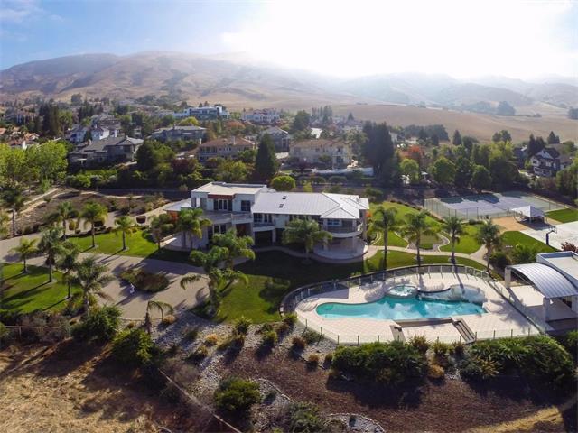 Частный односемейный дом для того Продажа на 867 Boar Terrace 867 Boar Terrace Fremont, Калифорния 94539 Соединенные Штаты