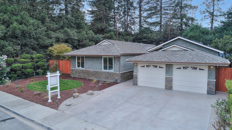 Maison unifamiliale pour l Vente à 260 Howard Drive 260 Howard Drive Santa Clara, Californie 95051 États-Unis