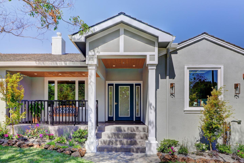 Частный односемейный дом для того Продажа на 746 Sequoia Avenue San Mateo, Калифорния 94403 Соединенные Штаты
