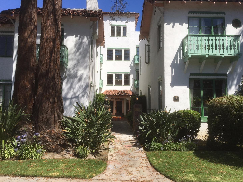 Mehrfamilienhaus für Verkauf beim 15 Hawthorne Way 15 Hawthorne Way San Jose, Kalifornien 95110 Vereinigte Staaten