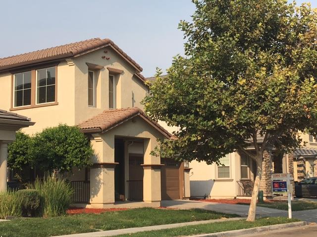 獨棟家庭住宅 為 出售 在 371 Autumn Rain Drive Lathrop, 加利福尼亞州 95330 美國