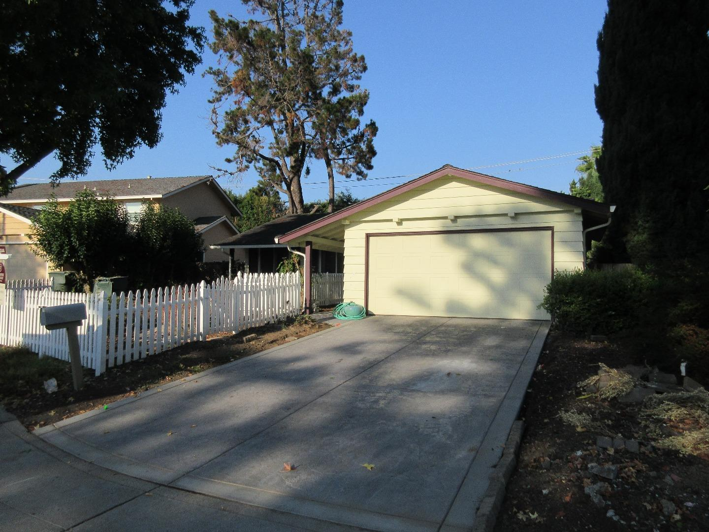 Single Family Home for Rent at 1039 Rubis Drive Sunnyvale, California 94087 United States