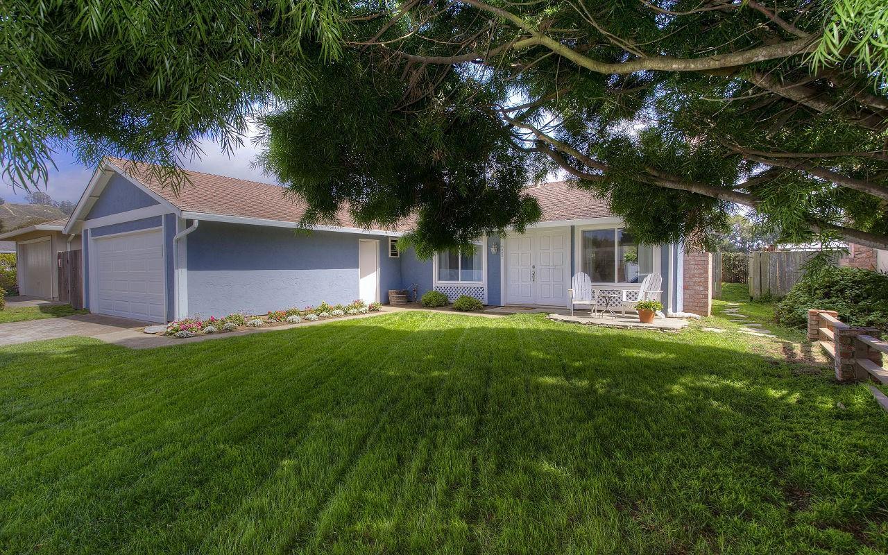 Einfamilienhaus für Verkauf beim 655 Spindrift Way 655 Spindrift Way Half Moon Bay, Kalifornien 94019 Vereinigte Staaten