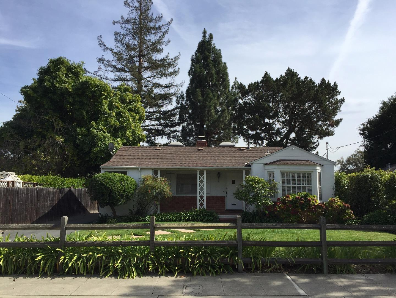 Casa Unifamiliar por un Alquiler en 921 Rose Avenue 921 Rose Avenue Menlo Park, California 94025 Estados Unidos