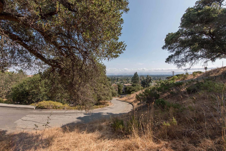 土地 為 出售 在 11841 Upland Way 11841 Upland Way Cupertino, 加利福尼亞州 95014 美國