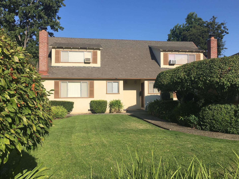 二世帯住宅 のために 売買 アット 10458 Lockwood Drive Cupertino, カリフォルニア 95014 アメリカ合衆国