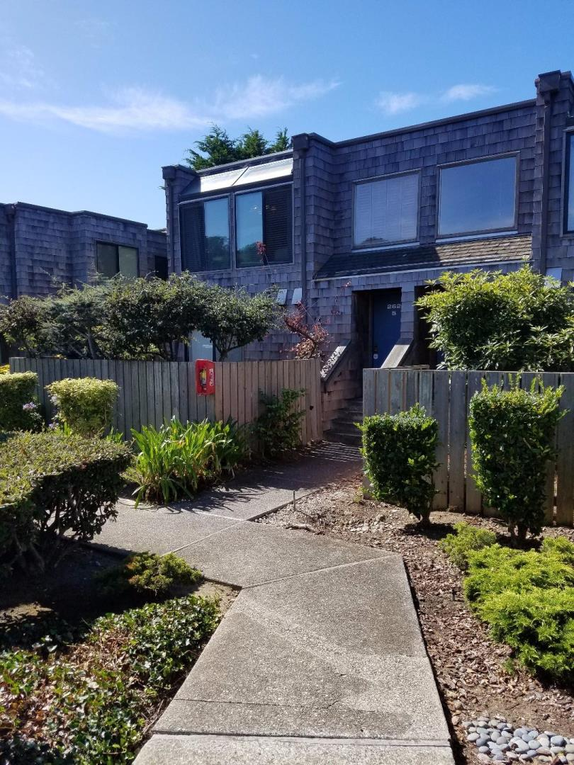 Townhouse for Rent at 262 Beachview Avenue Pacifica, California 94044 United States