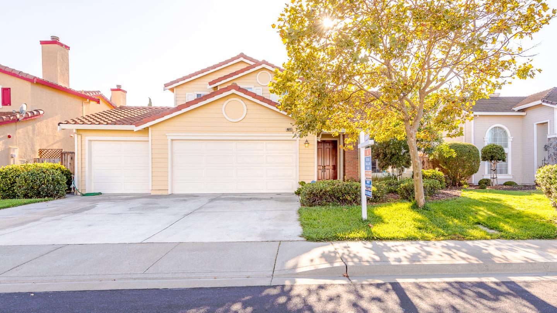 Частный односемейный дом для того Продажа на 4669 Silvertide Drive Union City, Калифорния 94587 Соединенные Штаты