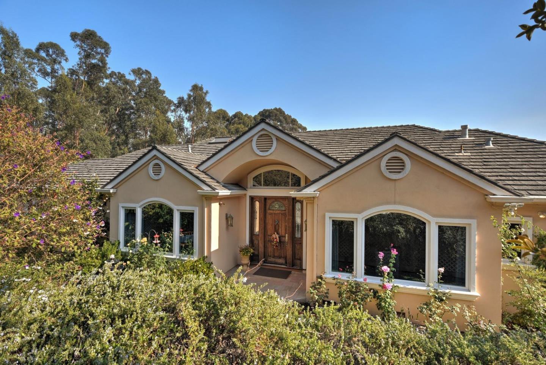 Maison unifamiliale pour l Vente à 23 Alberta Glen 23 Alberta Glen Burlingame, Californie 94010 États-Unis