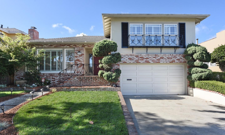 Maison unifamiliale pour l Vente à 1331 Carlos Avenue 1331 Carlos Avenue Burlingame, Californie 94010 États-Unis