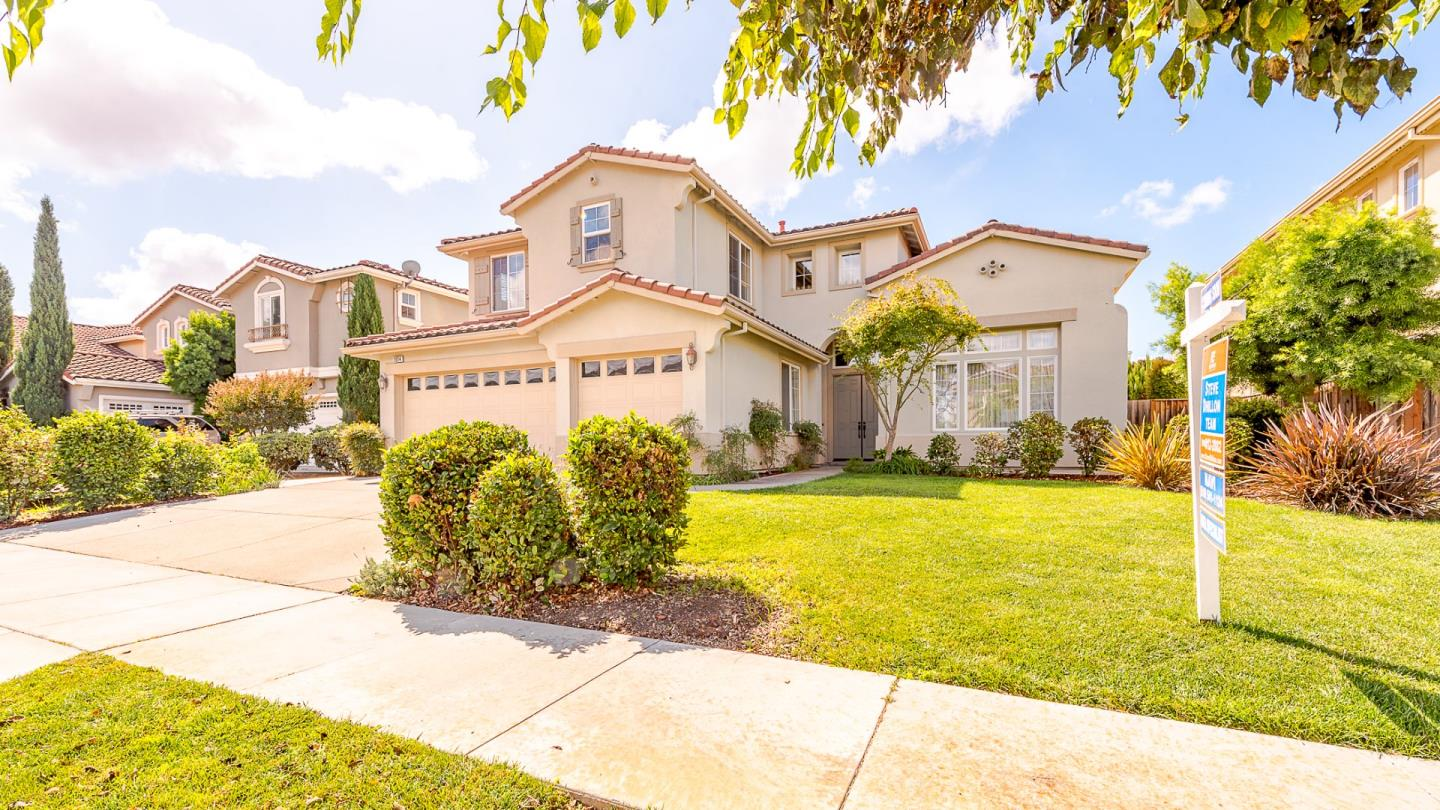 Single Family Home for Sale at 33014 Garfinkle Street 33014 Garfinkle Street Union City, California 94587 United States