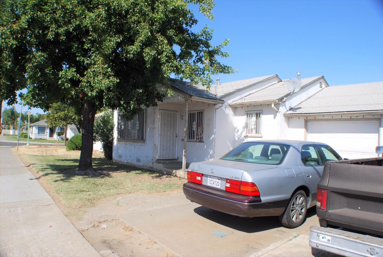 Casa Multifamiliar por un Venta en 5561 48th Street 5561 48th Street Sacramento, California 95820 Estados Unidos