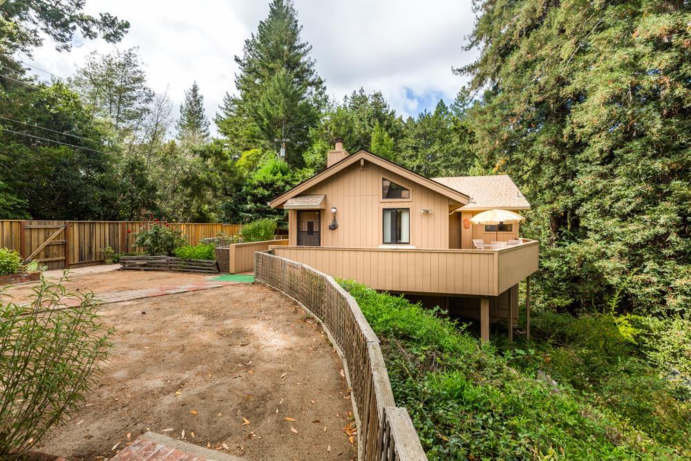 獨棟家庭住宅 為 出售 在 432 Blair Street 432 Blair Street Felton, 加利福尼亞州 95018 美國