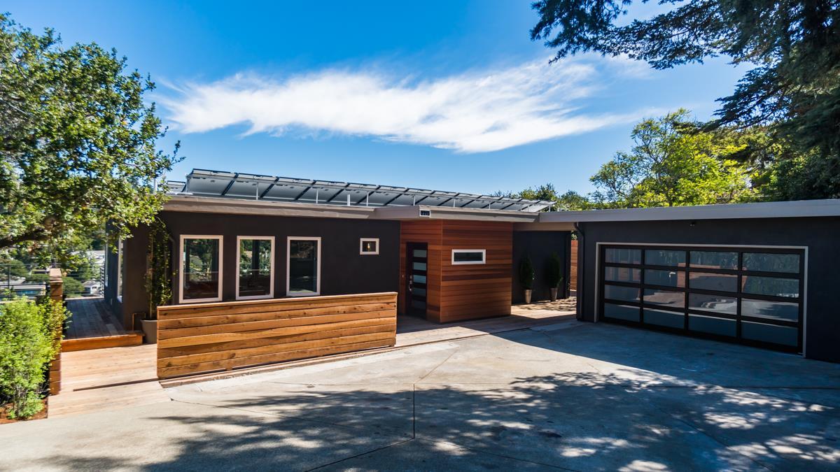 Maison unifamiliale pour l Vente à 2211 Coronet Boulevard 2211 Coronet Boulevard Belmont, Californie 94002 États-Unis