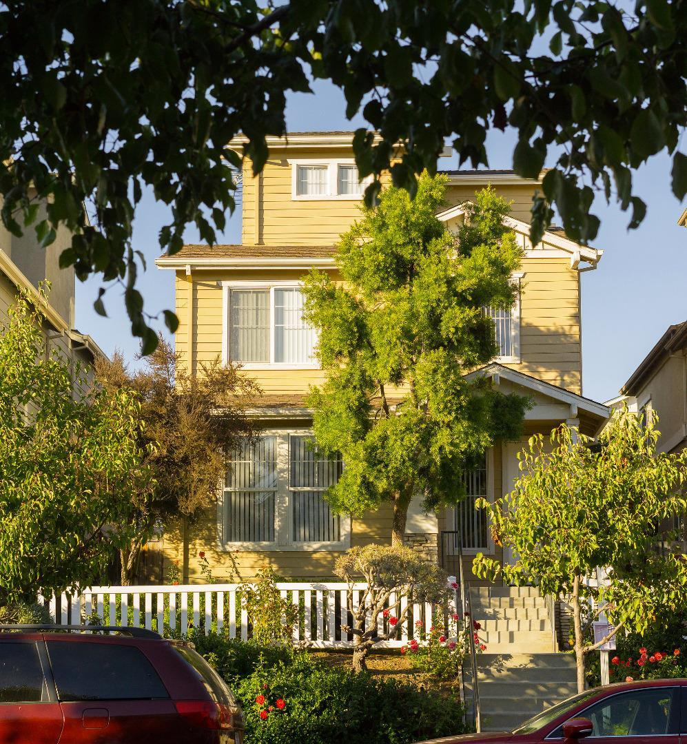 واحد منزل الأسرة للـ Sale في 5114 Archangel Drive 5114 Archangel Drive Alviso, California 95002 United States